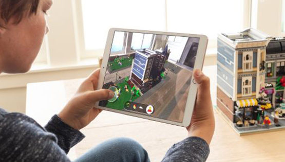 AUGMENTED REALITY(AR)